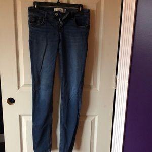 Hollister Skinny Jeans.  Size 5.
